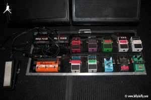 Billy Duffy's Effects Pedal Board for Electric 13