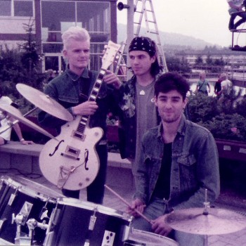 Billy with Ian and Nigel on a TV set for German TV – The Cult 1984