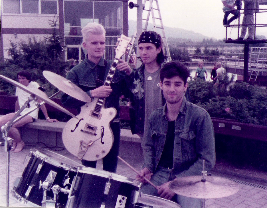 Billy Duffy with Ian and Nigel on a TV set for German TV - The Cult 1984