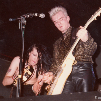 Billy & Ian onstage with The Cult – 1985