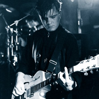 Billy live with The Cult – 1984