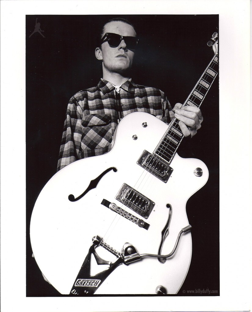 Solo Billy Duffy Death Cult Press Photo