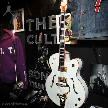 Billy Duffy's Gretsch White Falcon in Hard Rock Cafe Las Vegas
