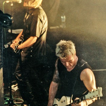 Coloursound live with Billy and Mike Peters – 1999