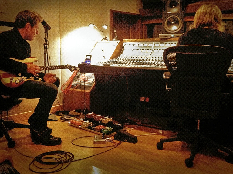 Billy Duffy in the studio with Bob Rock