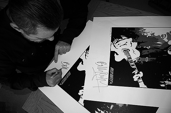 BillyDuffy signing his limited edition poster