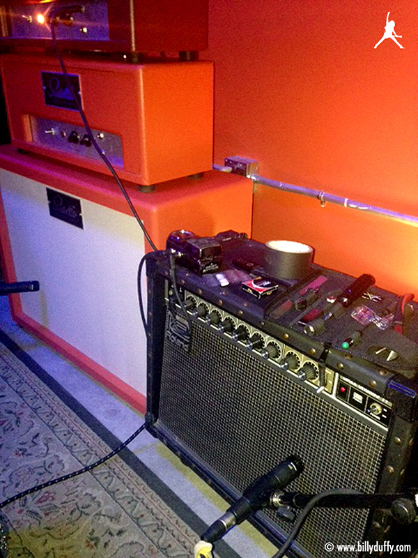 Billy Duffy's pre production mini rig