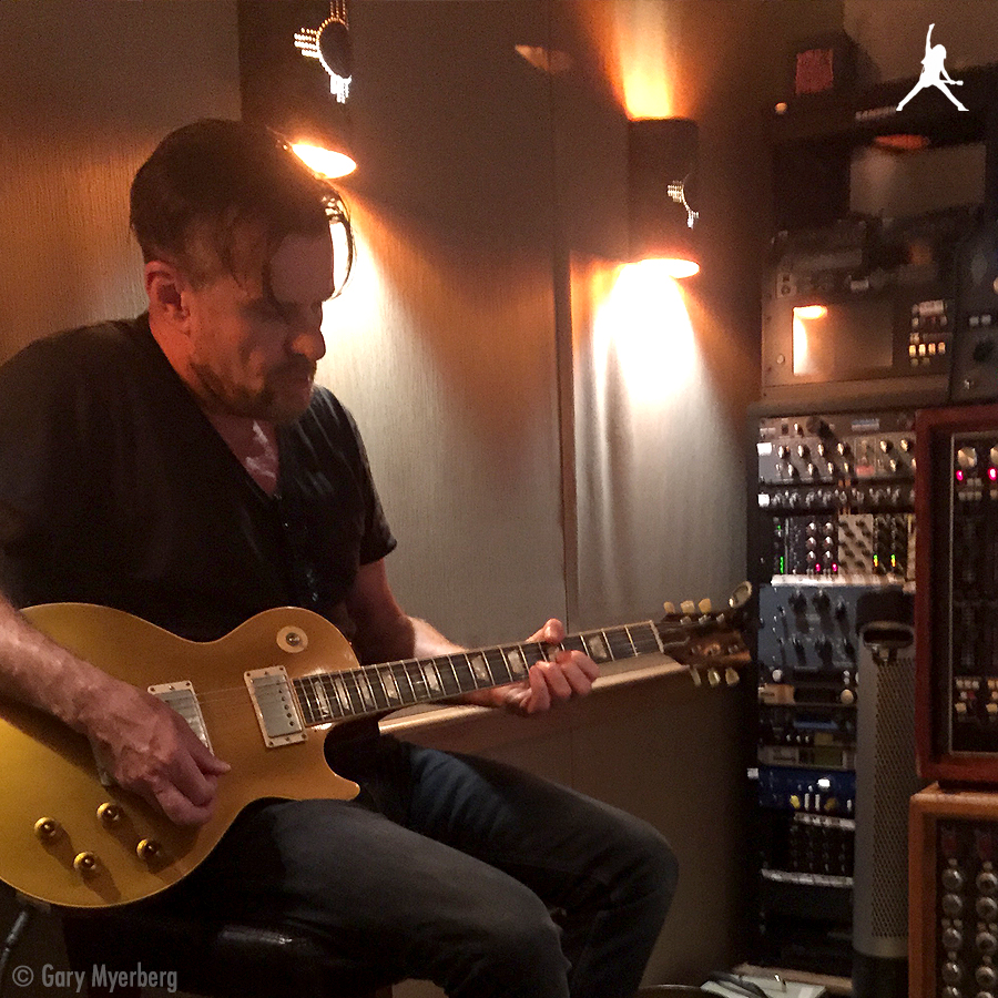 Billy Duffy with Les Paul Gold Top in the studio in Maui