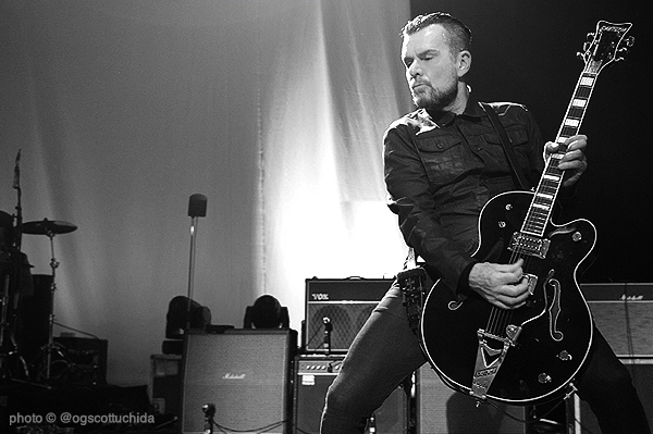 Billy Duffy live with the Cult November 2015