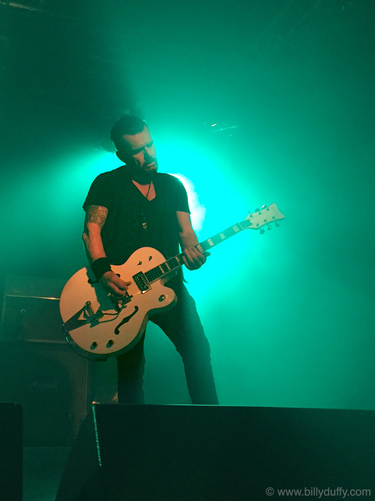 Billy Duffy plays She Sells Sanctuary in Belfast