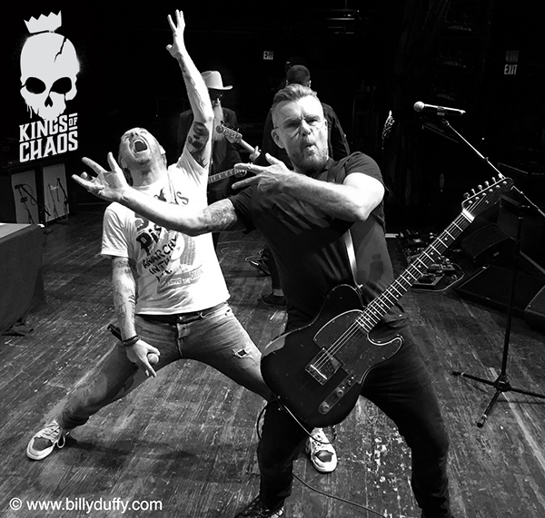 Billy Duffy & Corey Taylor - Kings of Chaos