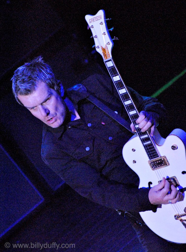 Billy Duffy's Falcon Lands in New Jersey - 2010