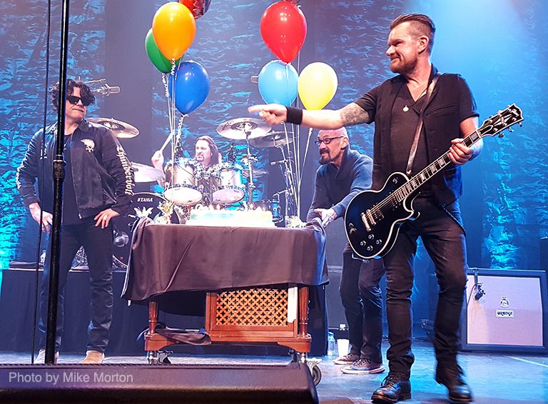 Billy Duffy & Ian Astbury birthday cake 2017